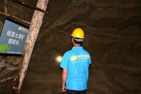象邦硅藻泥技术人员挑选优质A+级硅藻土